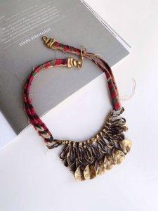 Колье из бронзы и индийского текстиля image 1