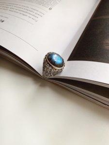 Кольцо с лабрадоритом image featured