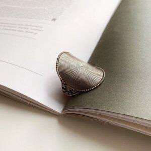 Кольцо с орнаментами image featured