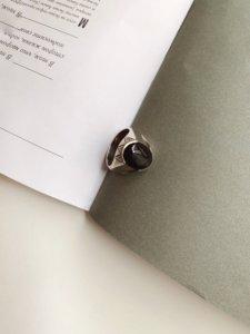 Кольцо с ониксом image featured