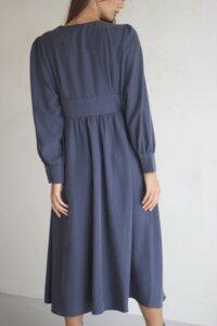 Платье макси на пуговицах графитового оттенка image 3